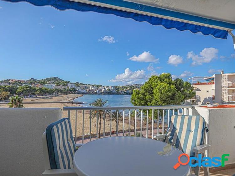 Bonito apartamento con vistas al mar en Santa Ponsa