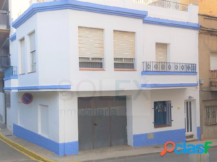 Casa en L'Ampolla a 50 m del Club Nàutic