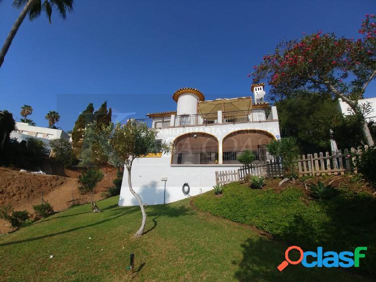 Casa independiente en venta en Campomijas, Mijas.