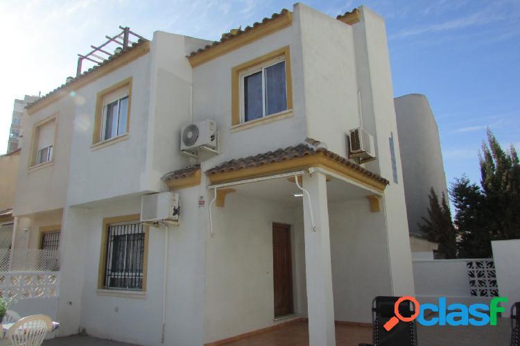 Chalet Adosado en Residencial Baleares (Aguas nuevas