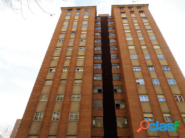 ESTUDIO HOME MADRID OFRECE piso de 101 m² en la zona de La