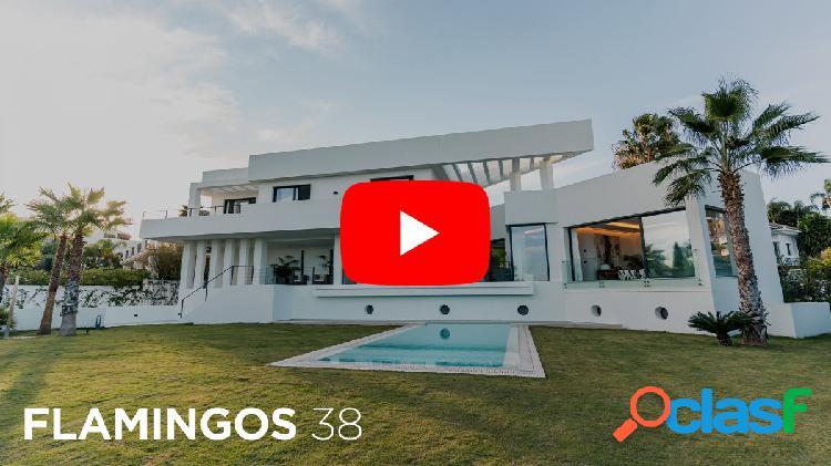 Espectacular Villa Independiente diseñada y construida por