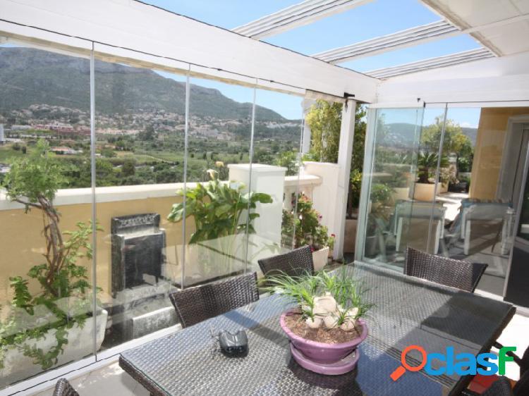 Estupendo ático dúplex con sus maravillosas terrazas y