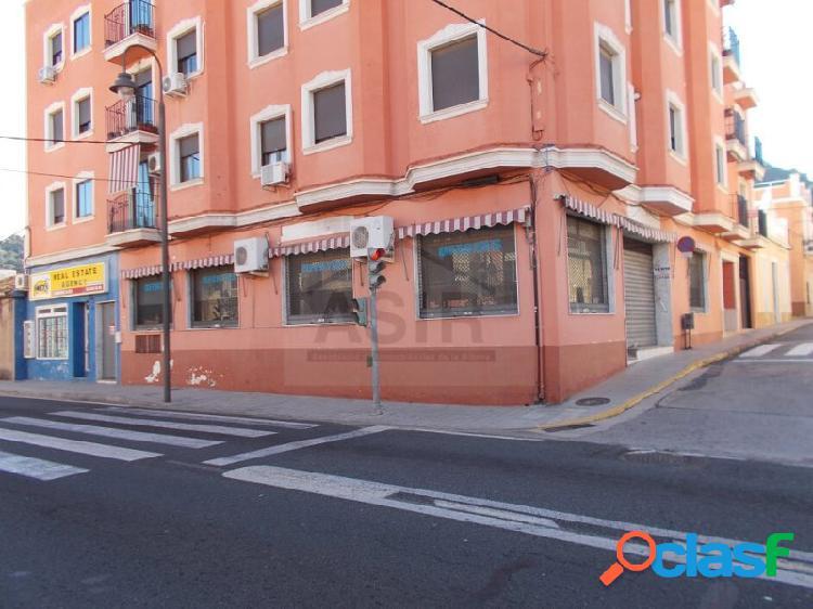 Excelente local comercial en La Barraca de Aguas Vivas