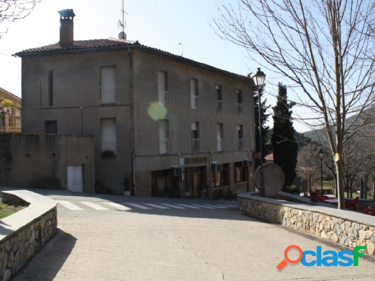 Hostal en la Nou del Berguedà para negocio de hosteleria y