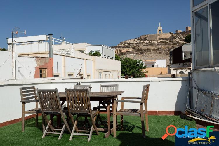 Loft de 2 dormitorios y una amplia terraza con vistas al