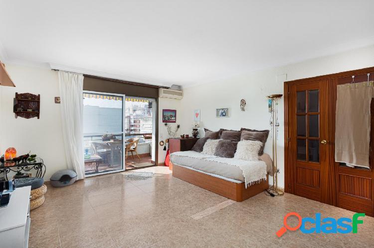 Magnifico piso muy luminoso en la zona de Sant Joan