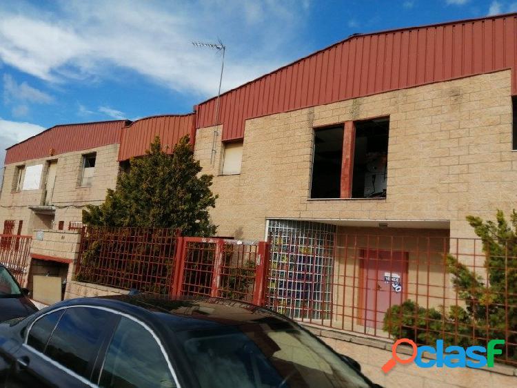 Nave industrial en venta en el barrio de Rejas, distrito San