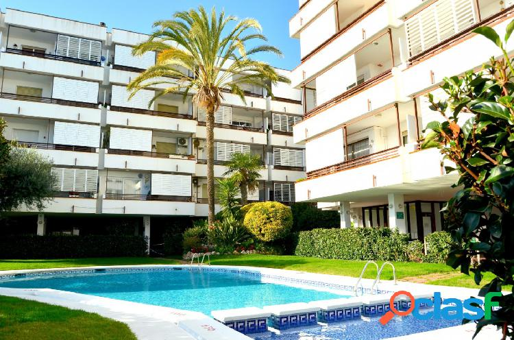 PRIMERA LINEA DE MAR. piso en venta en Canet de Mar., 137 m2