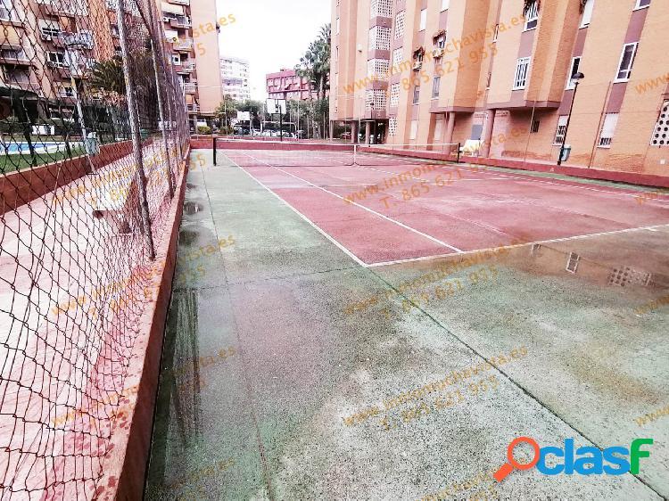 Piso 3 dormitorios con urbanización completa y plaza de