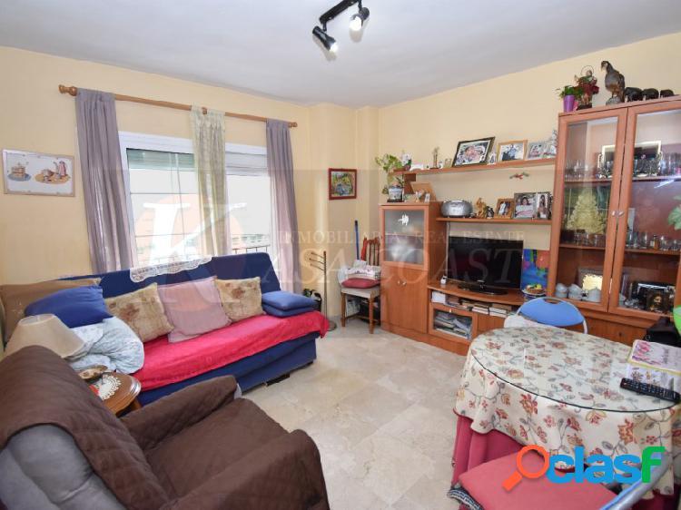 Piso de 1 dormitorio en venta en Las Lagunas, Mijas Costa.