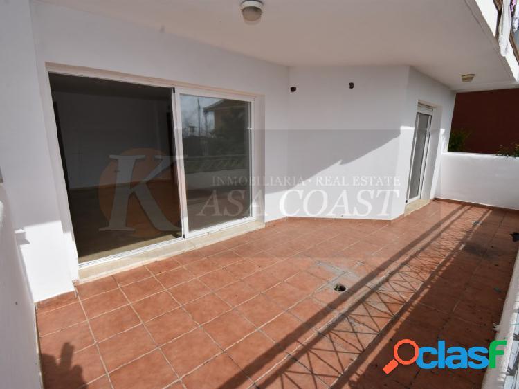 Piso de 85 m2 en venta en zona baja de Los Pacos,