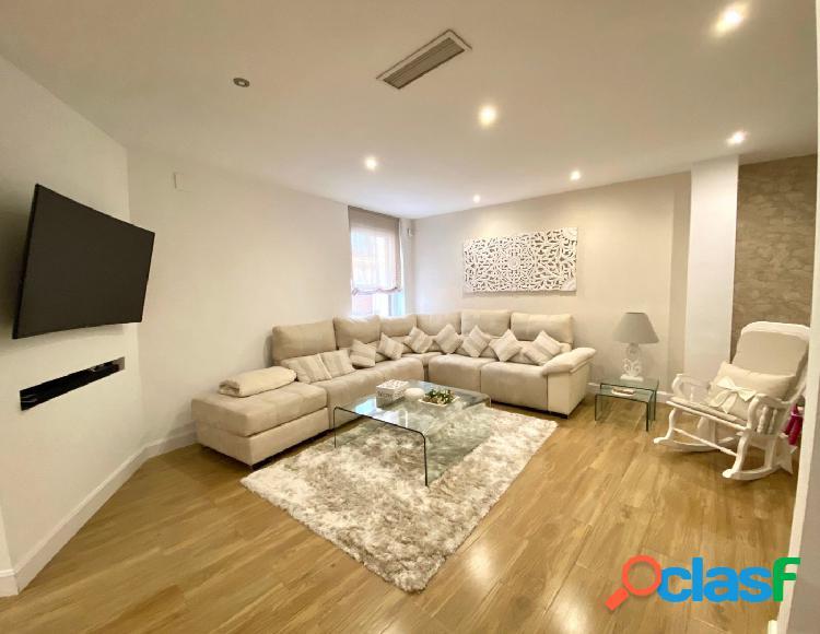 Se Vende increíble piso amueblado en el centro de