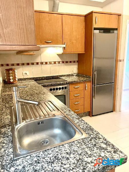 Se alquila apartamento de 4 dormitorios en San Isidro