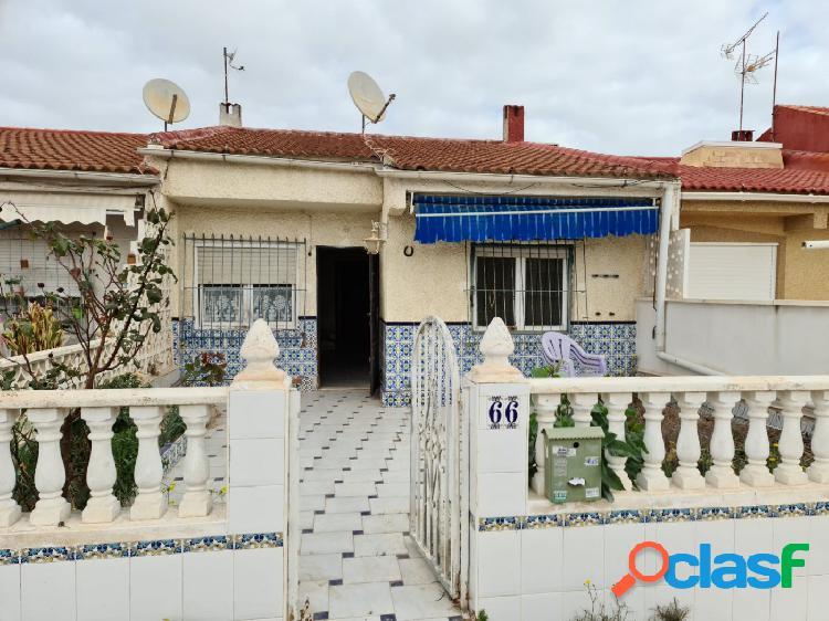 Se vende bungalow sin vecinos para reformar!