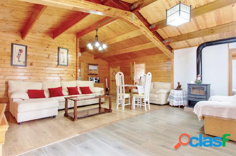 Se vende finca rústica de 4.745m2 con una cómoda y