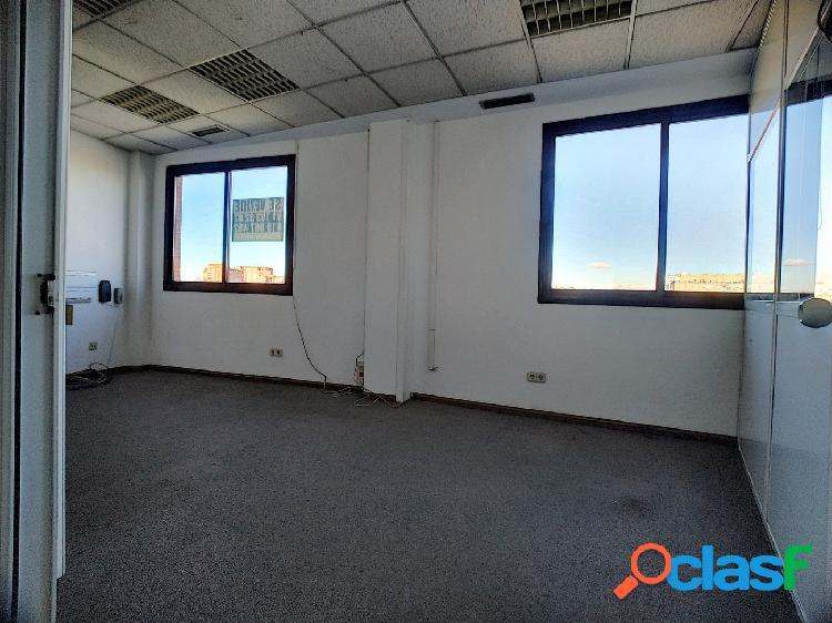 Se vende oficina o local comercial en Villaverde, Los