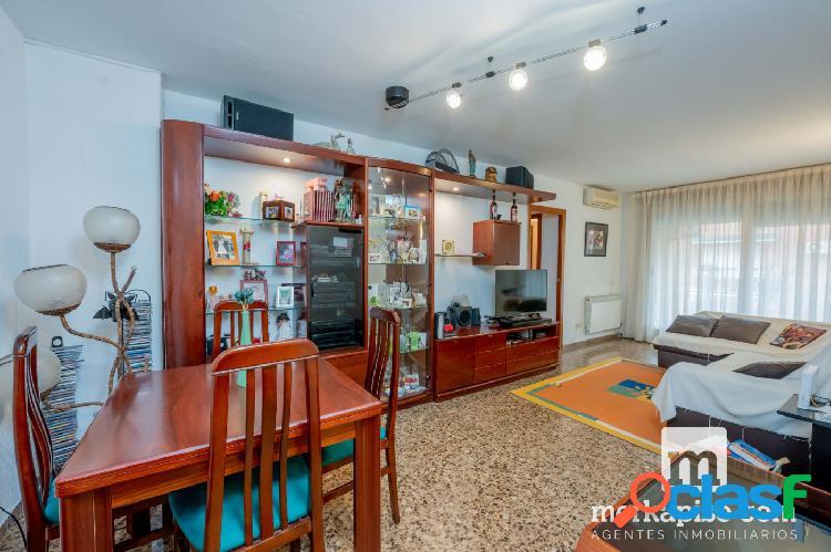 Se vende piso de 4 dormitorios al mejor precio en Viladecans