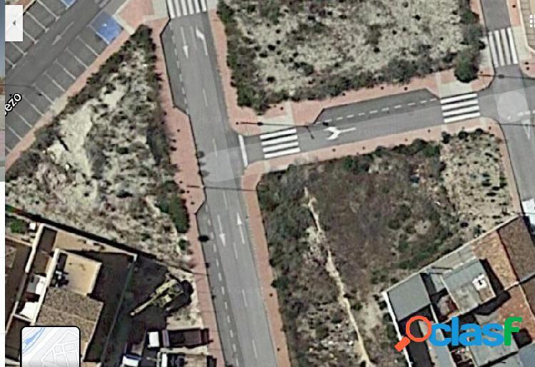 Se vende solar en zona La Algaida