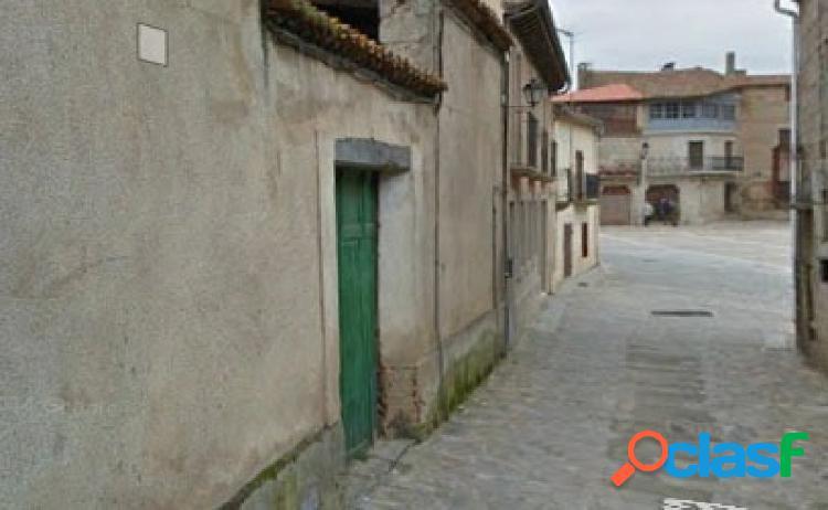 Urbis te ofrece un local comercial en venta en San Felices