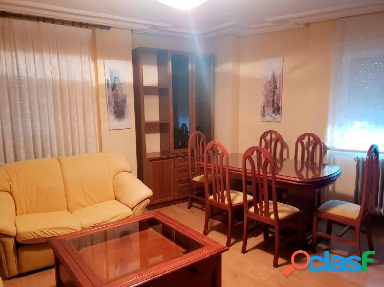 Urbis te ofrece un piso en alquiler en Villares de la Reina,