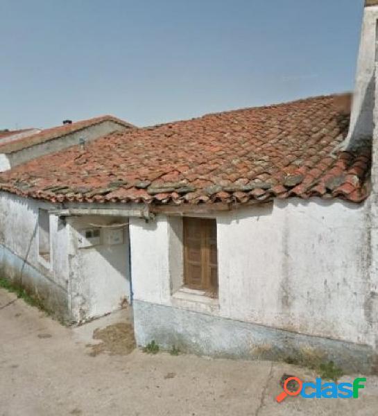 Urbis te ofrece una casa de pueblo en venta en Cilleros de