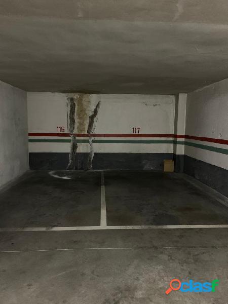 Urbis te ofrece una plaza de garaje en venta en zona