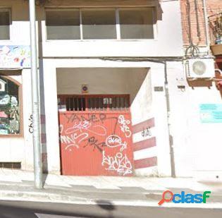 Urbis te ofrece una plaza de garaje en venta en zona Vidal,