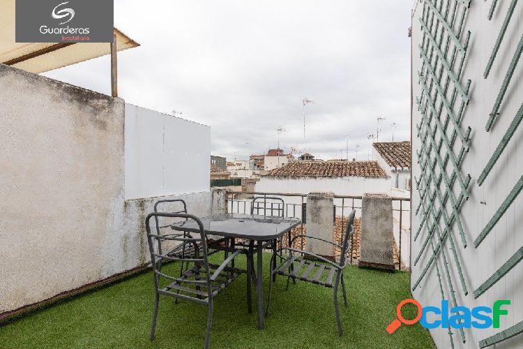 Ático duplex en pleno centro de Granada