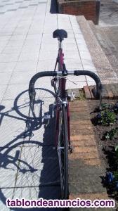 Bicicleta de carretera marca Orbea