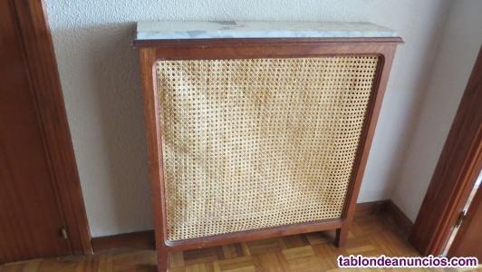 Cubre radiador de madera y esterilla