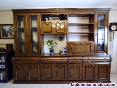 Mueble de salón o aparador clásico