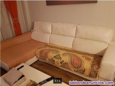 Se vende chaise longue polipiel blanco