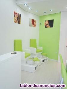 Se vende mobiliario salón de manicura y pedicura