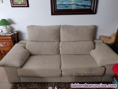 Vendo dos sofás de 3 y 2 plazas, como nuevos