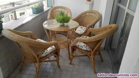 Conjunto de mesa y sillones de terraza/jardín