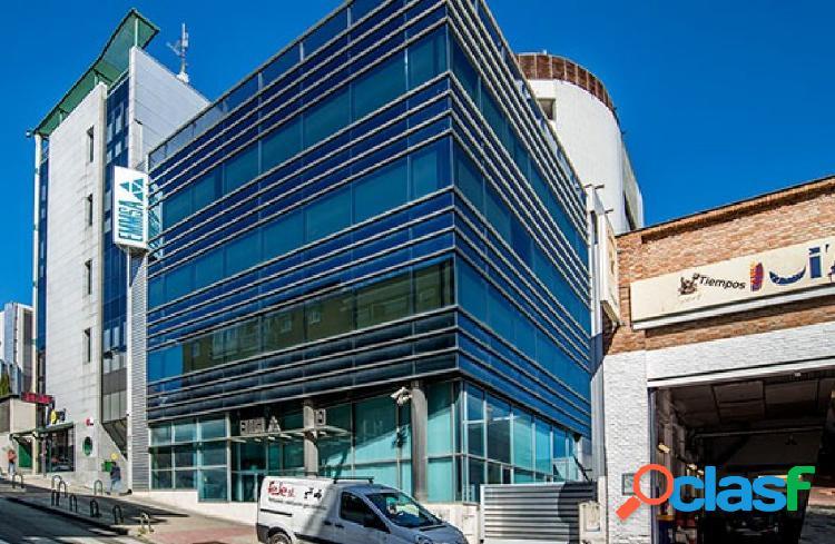 ALTTER VENDE: Activo Bancario. Edificio en San Blas