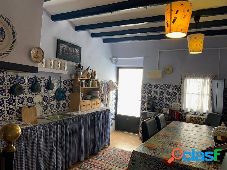 Acogedora casa de pueblo en Alcanar