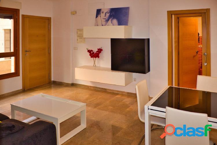 Alquiler piso larga temporada en zona de Ayuntamiento, Oliva