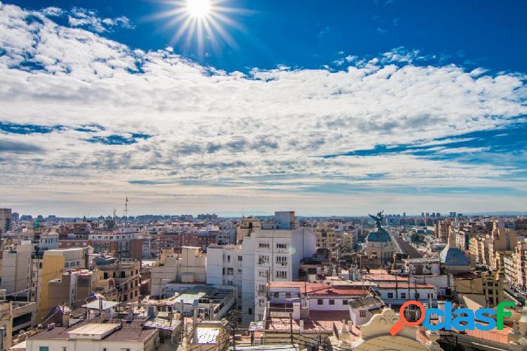 Alquiler ático en el corazón de Valencia