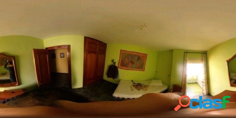 Amplio piso en una zona muy céntrica de Fuengirola