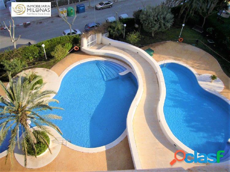 Apartamento Ubicado en preciosa urbanización con piscina