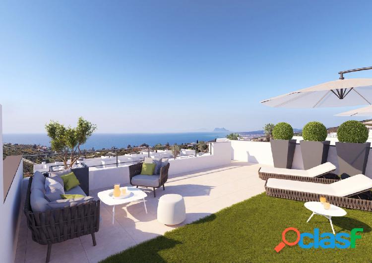 Apartamento de 2 dormitorios con solarium y vistas al mar en