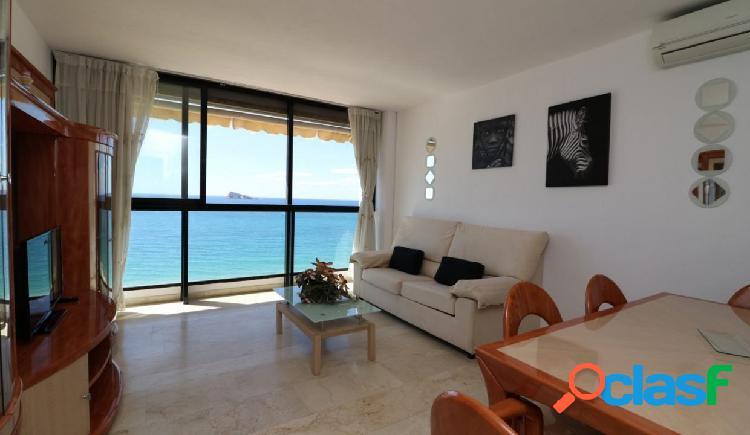 Apartamento en primera linea playa levante con licencia