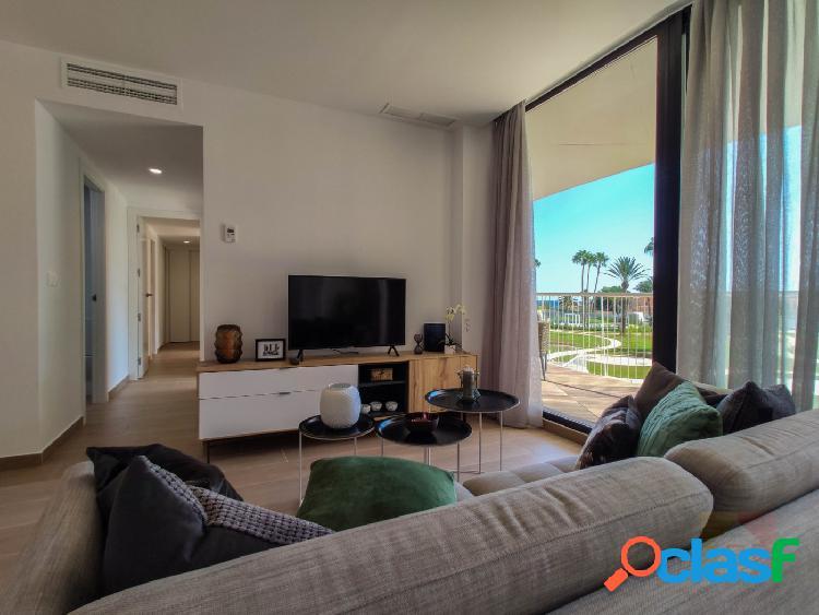 Apartamento moderno con vistas al mar en Denia
