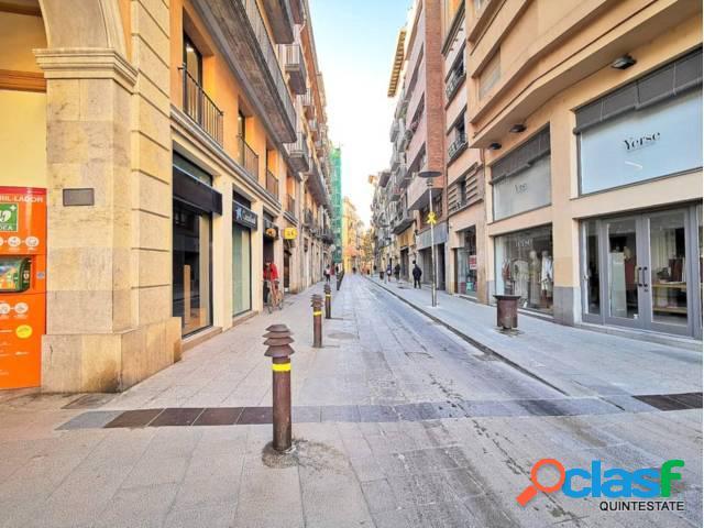 Bar en centro de Girona