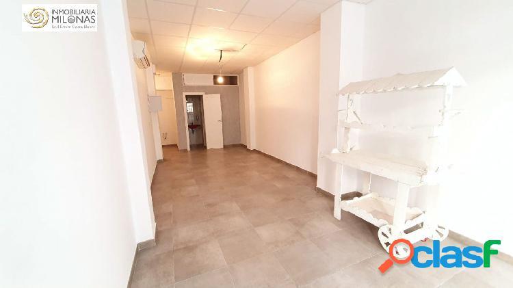 Benidorm Zona Centro: Local comercial de 50 m2 rodeado de
