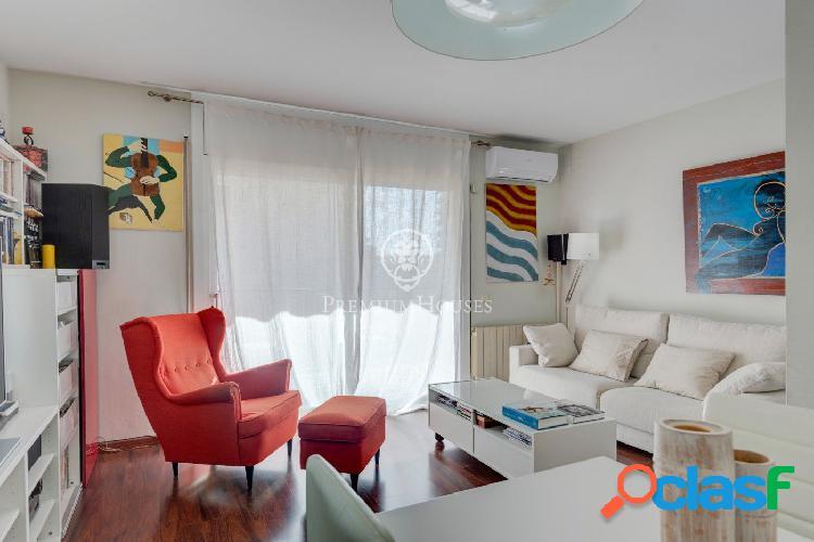 Bonito apartamento de 3 habitaciones a la venta en Sitges