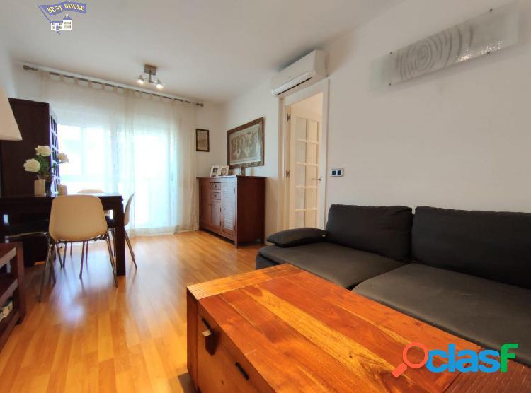 Bonito piso de 3 habitaciones en Zona La Serreta