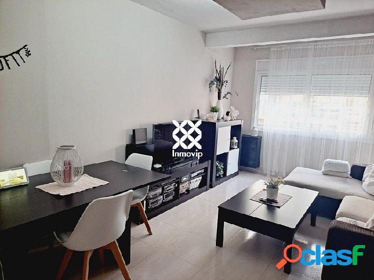 Bonito piso reformado con todos los servicios a tu alcance!